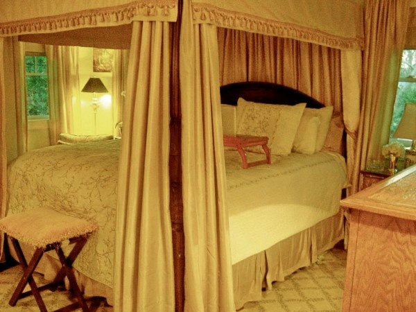 13 Best Images About Bedroom Ideas On Pinterest Romantic Master Bedrooms And Canopy Curtains