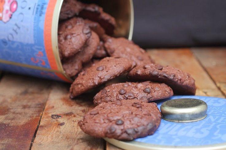 Menos mal que tenía esta receta de cookies dando vueltas por ahí desde antes de navidad. Las fotos de las galletas estaban por mi orden...