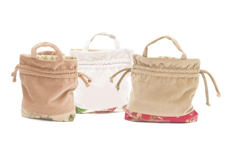 """Aksamitne torebki do noszenia w ręce """"polne kwiaty"""""""