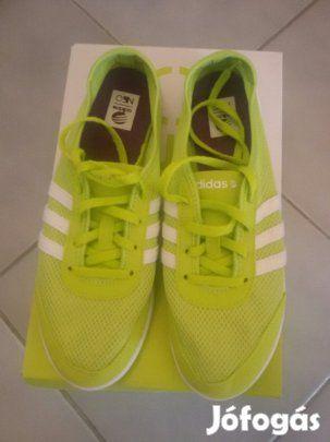 Eladó Adidas Neo női cipő 39 - 40 meret : Új állapotban lévő Adidas cipő eladó !!! A zöldből 2 pár van! 39 és 40 - es méret A rózsaszín 39 - es méret !!!!