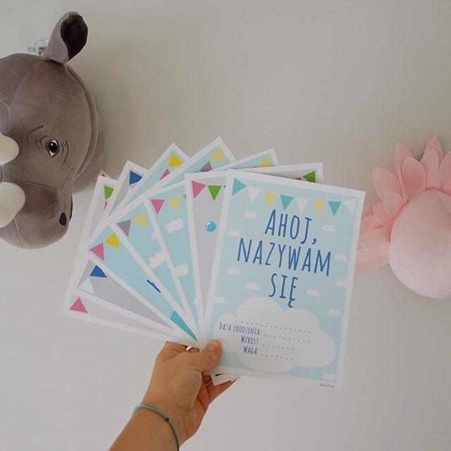 Hello Jesień  Mamy dla Was specjalną promocję na jesienną chandrę! Zestaw 20 kart do zdjęć w eleganckim opakowaniu! Uwaga, ilość zestawów ograniczona, więc kto pierwszy ten lepszy ⏳ Zamówienia do skrzyneczki! Tik tak tik tak... . #jesien #czyszczeniemagazynow #megapromocja #wyprawka #skmpletujwyprawke #hm #trofea #ozdobaścienna #babyroom #kartydozdjec #baby #taniejniebedzie #jeslisiejeszczezastanawiasz #rodzew2017 #rodzew2018 #maluszek #juznienoworodek #kartydozdjec #tezchcemiec