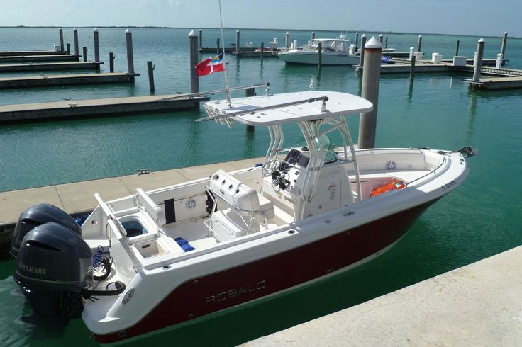 Best 25 center console boats ideas on pinterest best for Best center console fishing boats
