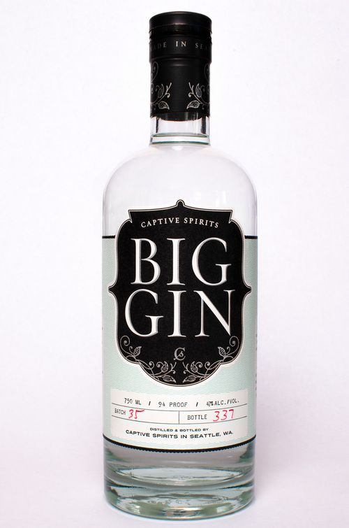 Big Gin. 47% ABV. Botanicals : coriander, bitter orange, grains of paradise, angelica, cassia, orris, cardamom and Tasmanian Pepper berry. Batch distilled in a 100 gallon Vendome pot still by Ben Capdevielle.