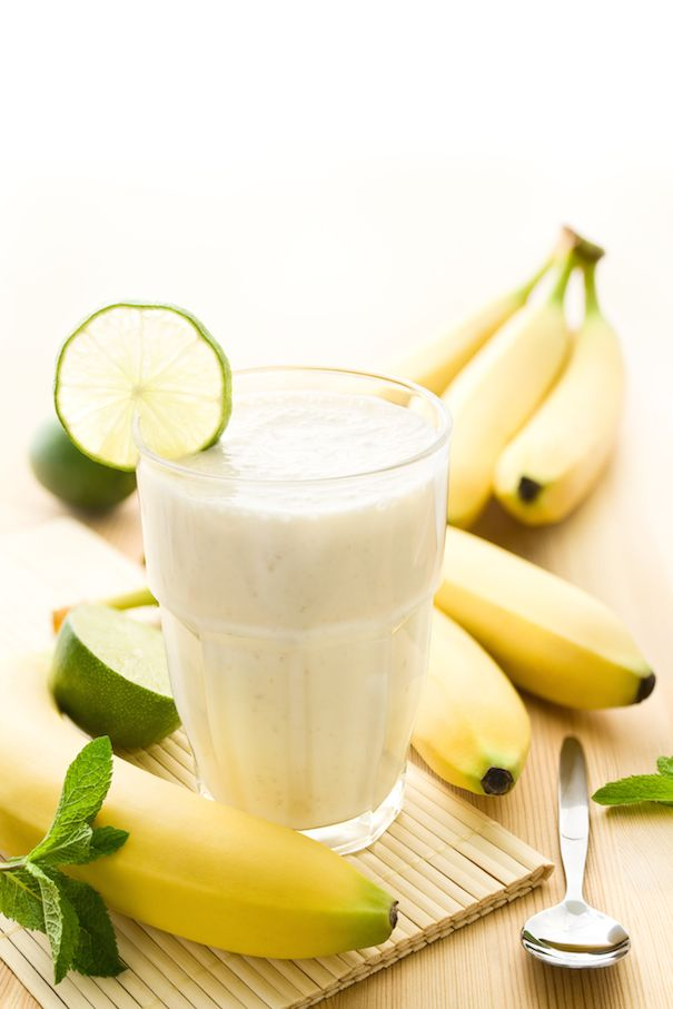 Banana date smoothie