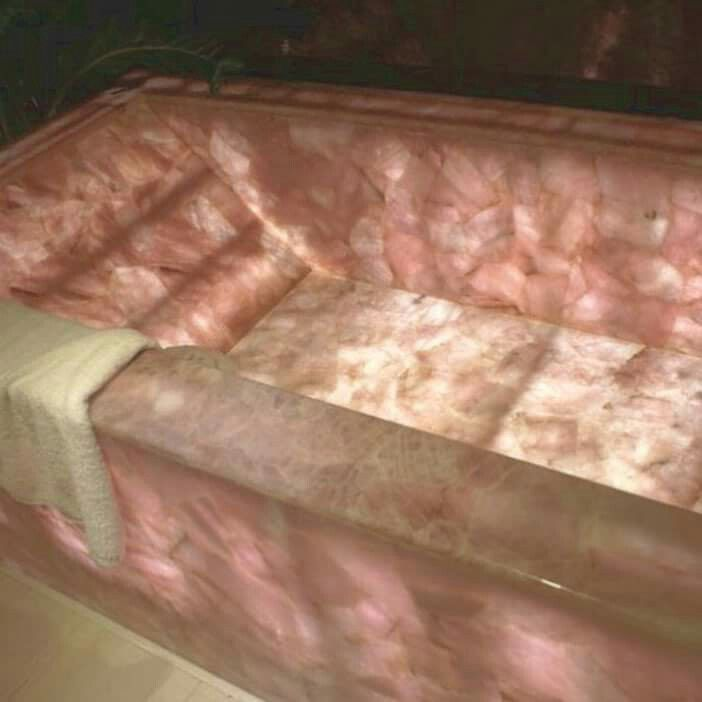 Rose Quartz bathtub....OMG...IM IN HEAVEN JUST THINKING ABOUT THIS BATH...