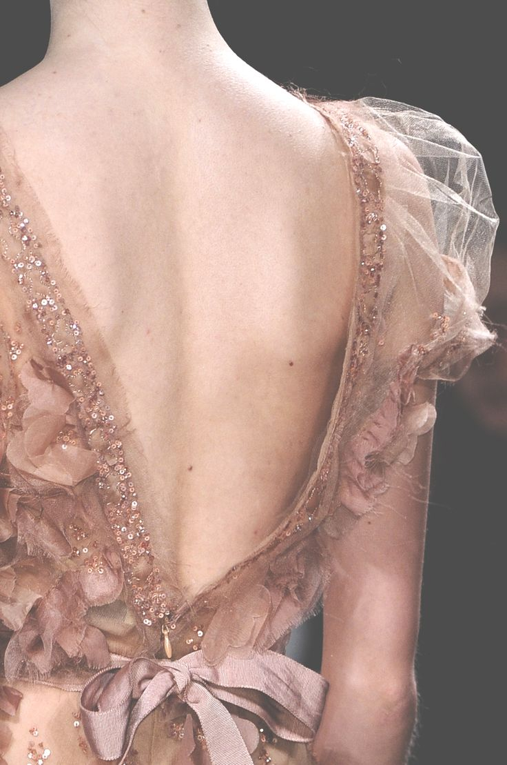 Elie Saab at Couture Spring 2011 #fashion #beauty