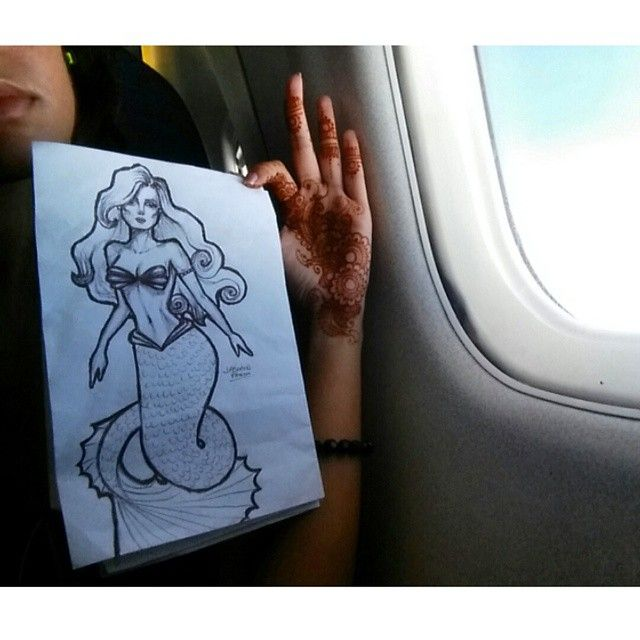#throwbackthursday to that time I was on a plane to Turks and Caicos  #mermaidlifestyle ✌ Illustration, hand painted shoes and henna: INFO@PARDONMYKICKS.COM WWW.PARDONMYKICKS.COM