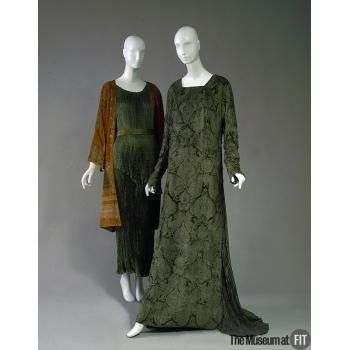 Mariano Fortuny c.1928 - 1934 Evening dress silk velvet, silk and glass beads: Silk Velvet, Evening Dresses, Mariano Fortunes, Glasses Beads, Dresses Mariano, Gold Silk, Fortuni Dresses, 1930 S, 1920S 1930S