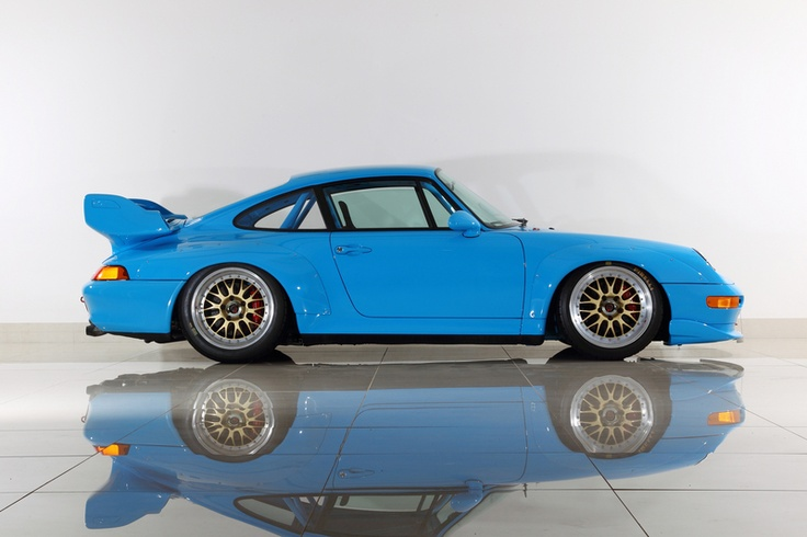 the mexico blue 993 gt2 is stanced on a awesome gold set of bbs e88 wheels a. Black Bedroom Furniture Sets. Home Design Ideas