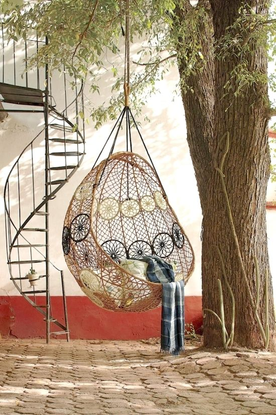 Macrame hanging chairs and interior design on pinterest for Macrame hanging chair