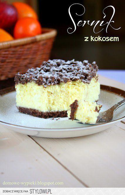 Składniki na ciasto kruche:   400 g mąki  3 łyżki kakao  1 łyżeczka proszku do pieczenia  50 g wiórków kokosowych   60 g cukru  250 g zimnego masła  2 żółtka    Masa Twarogowa:   1 kg sera  8 jaj  80g wiórków kokosowych  1 szklanka cukru  2 budynie śmietankowe w proszku bez cukru  450g śmietany kremówki  1/3 szklanki likieru Amaretto    Wykonanie:  Wszystkie składniki zagnieść na ciasto kruche, podzielić na dwie części i włożyć do lodówki na ok. 2 godziny.   Po tym czasie jedną część…
