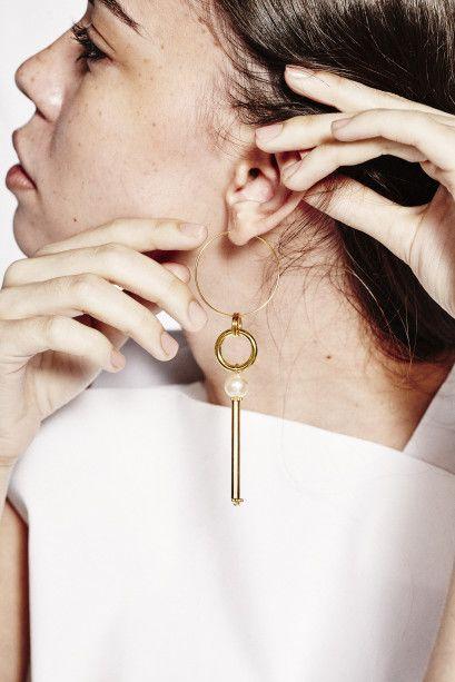 Sorelle Mara Earring
