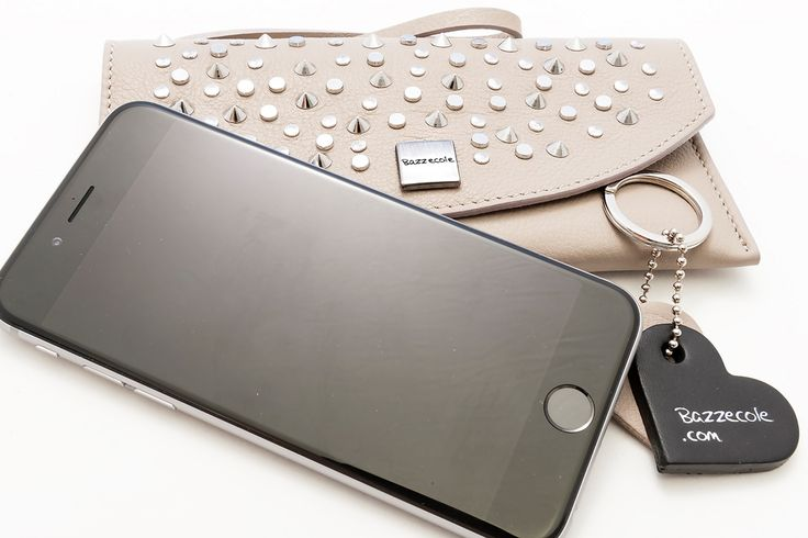 Bazzecole is the Italian fashion brand of iPhone leather cases. Handmade, attention to details, quality and Made in Italy. #phonecases #phonecasesforgirl #iphone #iphone6 #iphone6s #iphone5 #ipad #Bazzecole #Moda #fashion #style #madeinitaly