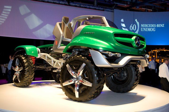 Mercedes 2011 UNIMOG 4X4