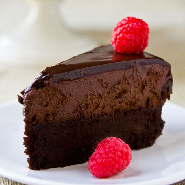 The American Beauty Cake - Chocolate cake topped with mousse and ...