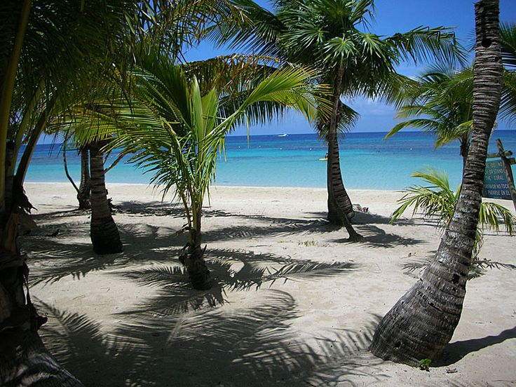 Tabyana Beach, Roatan - I could use a little of my favorite beach today.