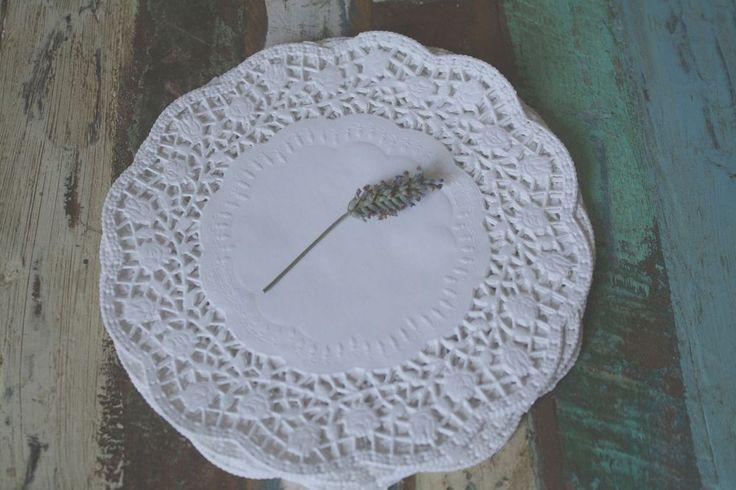 Tortendeckchen, Tortenpapier, Tortenspitzen - 30 Stück, 17,5cm/18cm, weiß
