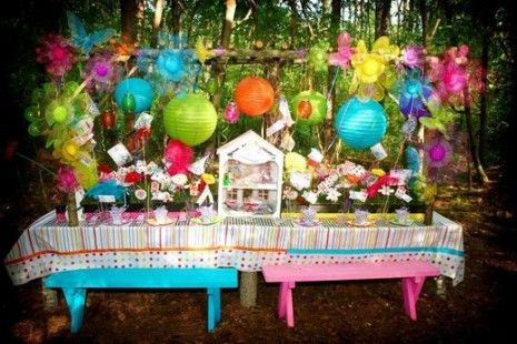 Mad Tea Party: Wonderland Parties, Birthday Parties, Theme Parties, Alice In Wonderland, Mad Hatters, Parties Ideas, Parties Tables, Teas Parties, Bright Colors