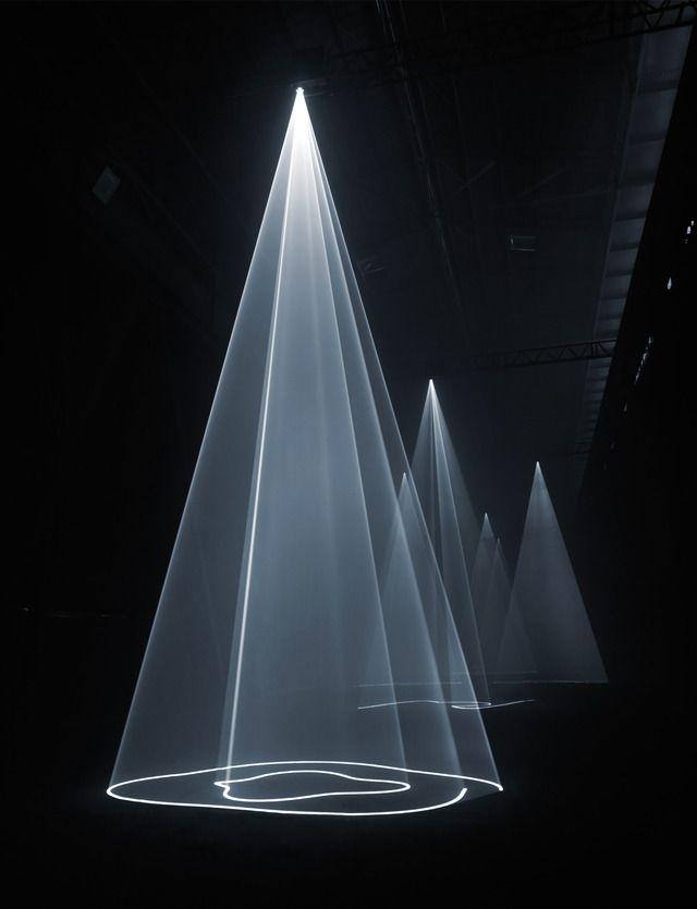Light Sculptures, architecturePuree Sculpture, Bicocca Milan, Hangar Bicocca, Trav'Lin Lights, Lights Installations, Installations View, Lights Sculpture, Giulio Buono, Anthony Mccall
