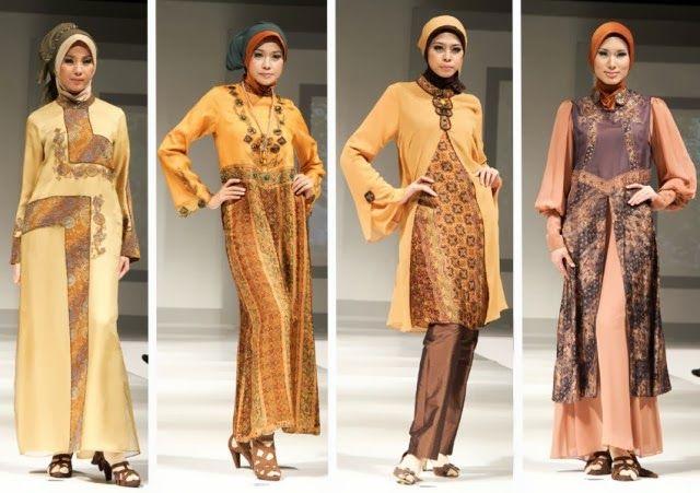 Tips Memilih Model Batik untuk Baju Muslim - Model baju muslim batik makin banyak ditemui di toko pakaian. Penggabungan unsur tradisional pada busana muslim sering terlihat sangat anggun. Banyak muslimah yang menjatuhkan pilihan untuk mengenakan jilbab dengan paduan batik.