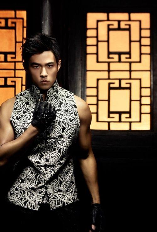 Jay Chou on his 'Red Dust Inn' single cover, he looks like he would be a fierce Mah John player!