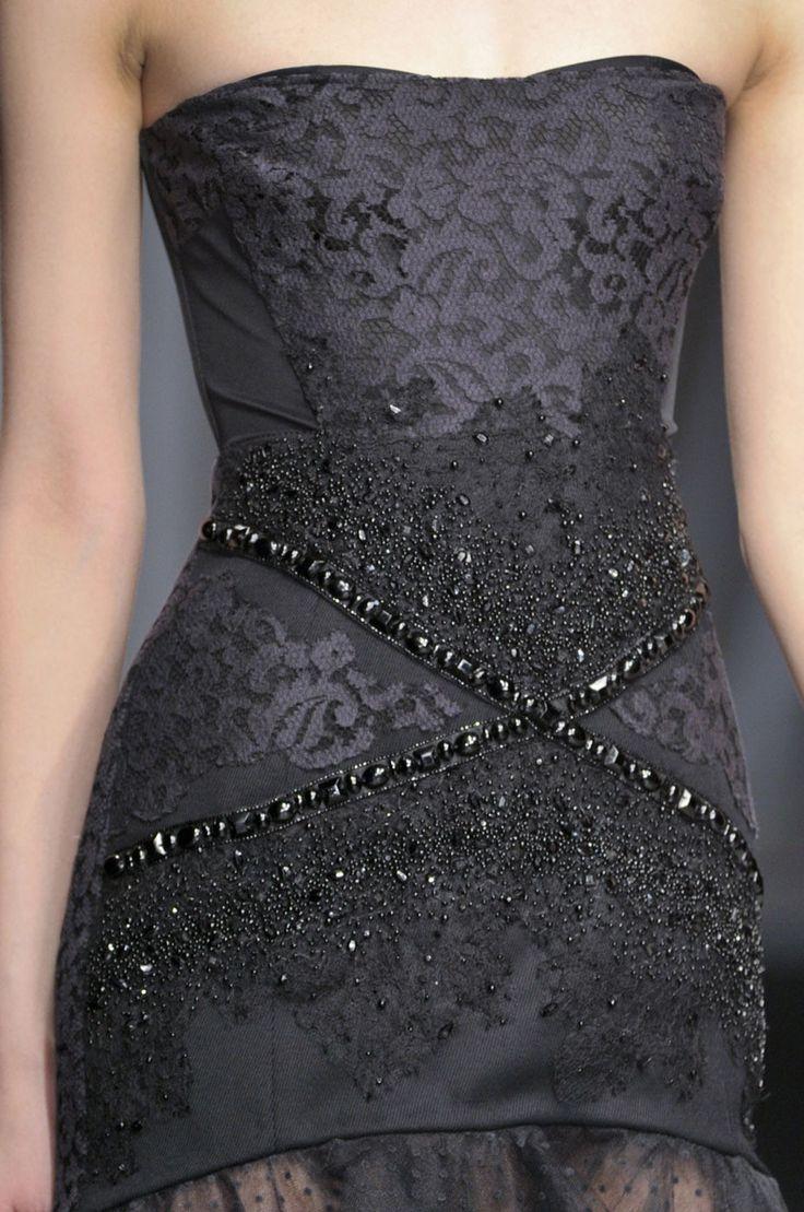 .Couture Details, Dresses Clothing, Antonio Deficiencies, Fashion Dresses, Evening Gowns, Beads, Black Gowns, Little Black Dresses, Haute Couture