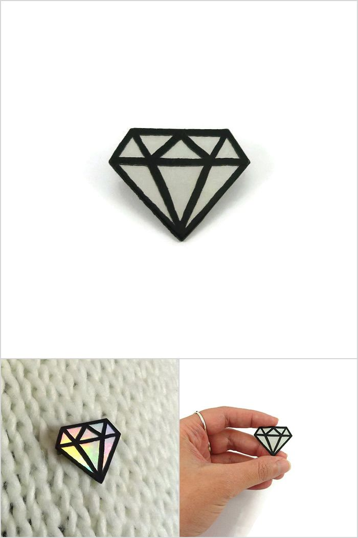 Big iridescent and black graphic diamond brooch, modern brooch with rainbow reflections, painted plastic brooch (recycled CD) - Made on order by @savousepate on Etsy #ecofriendly #ecoresponsible  #recycling #upcycling