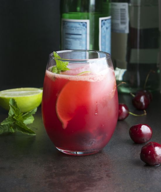 Cherry Mojito - made with fresh cherries. So refreshing! The perfect cocktail!   @tasteLUVnourish on TasteLoveAndNourish.com