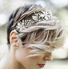 12.Wedding Hairstyles for Pixie Cuts
