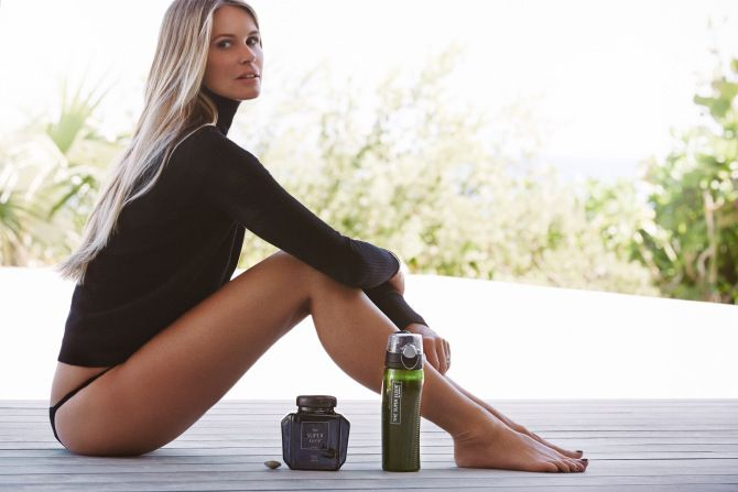 Celebrity Health Secrets: Elle MacPherson's Food and Fitness Diary   StyleCaster #SkinCareCRL #ClinicalResolution
