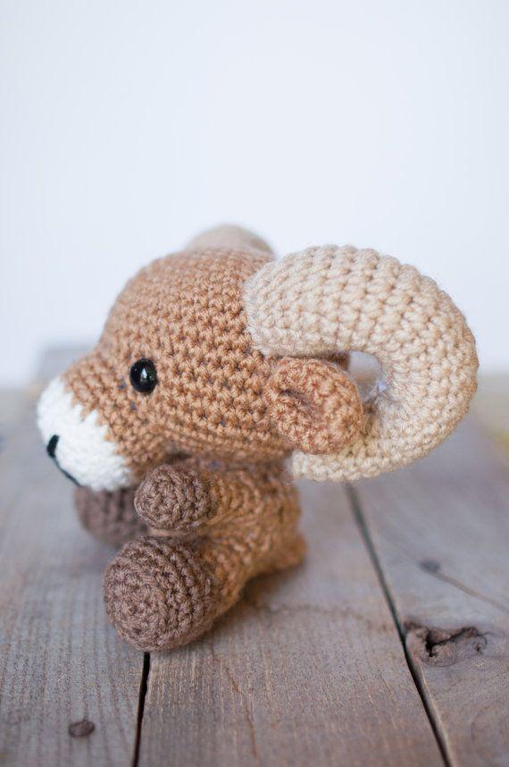 Motif: Crochet ram patron amigurumi ram par TheresasCrochetShop