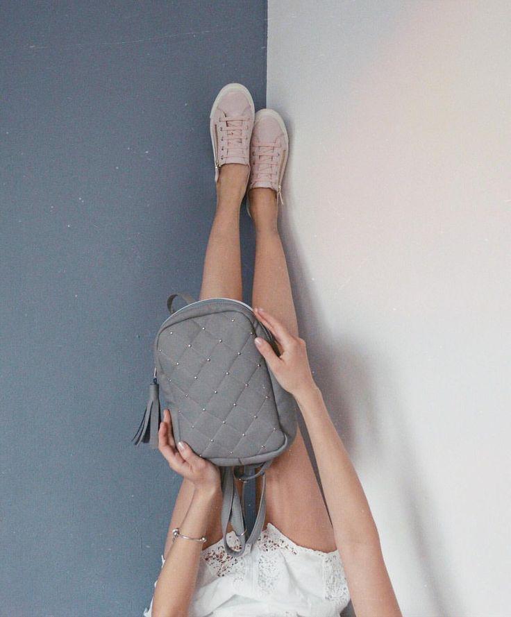 1,081 вподобань, 13 коментарів – ᴠᴀʟᴇʀɪʏᴀ ᴋᴏᴍᴀʀᴏᴠᴀ (@valerakomarova) в Instagram: «Ну я конечно понимала , что после тренировки будут безумно мышцы болеть , но что ноги не смогу…»