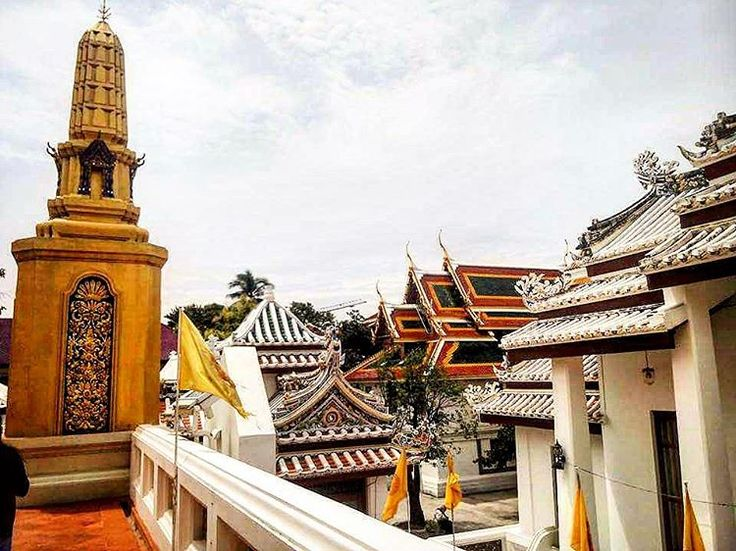 https://www.airbnb.com/rooms/9308317 .  #seeThailand #thailand #ilovethai #travel #wanderlust #temple #artwork #holiday #seetheworld #traveltheworld