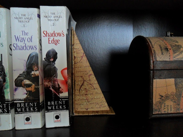 Fawn in BC: Crafty Idea # 17 - Homemade Bookends