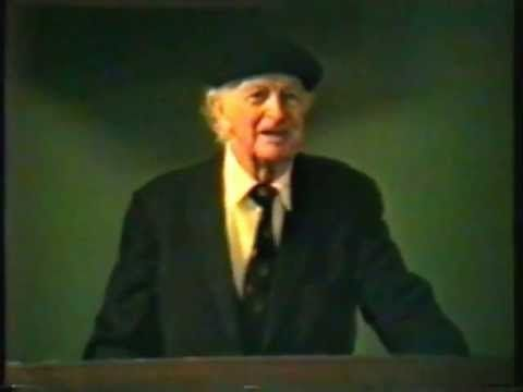 ▶ Dr. Linus Pauling on Vitamin C and Heart Disease Stanford Medical School - 27 Feb 92 - YouTube