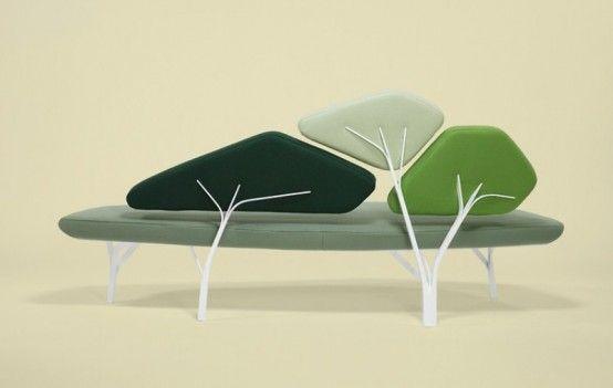 """Noé Duchaufour Lawrance ha presentato il suo nuovo divano """"Borghese"""". Ha ricevuto l'ispirazione tra i pini di Villa Borghese a Roma."""