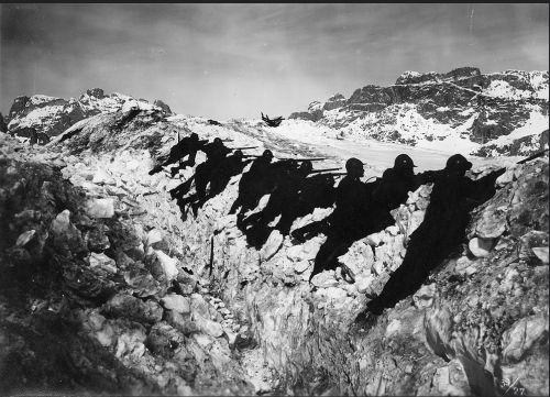 WWI An Italian defensive line during the Battle of Asiago, May 1916 #TuscanyAgriturismoGiratola