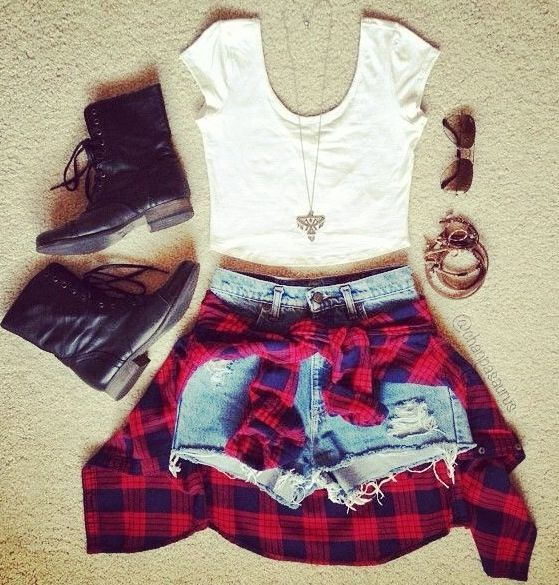 #flannel #highwaisted #shorts #combatboots #jewelry #accessories #white #croptop #fashion #style