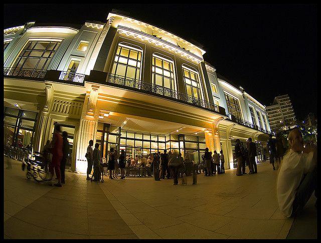 Casino de Biarritz.    Biarritz's casino.     If you like casino you can findeverything about it here.
