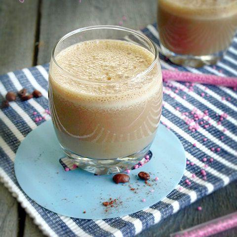Pobudzający napój kawowy, który może zastąpić śniadanie.