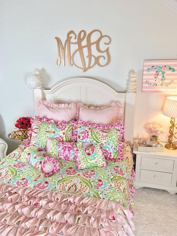 best 25 gold bedding sets ideas on pinterest gold bedding dorm color schemes and garnet and gold. Black Bedroom Furniture Sets. Home Design Ideas