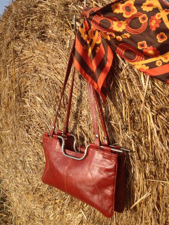 Borsa in pelle color mattone fine '70 di strawbagsfields4ever, €30.00