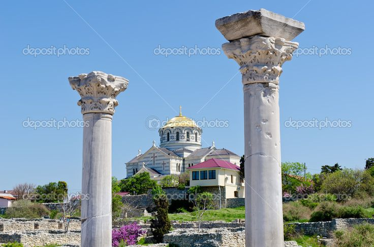 depositphotos_10426786-Marble-columns-of-Ancient-Greek-basilica-in-Chersonesus.jpg (1024×678)