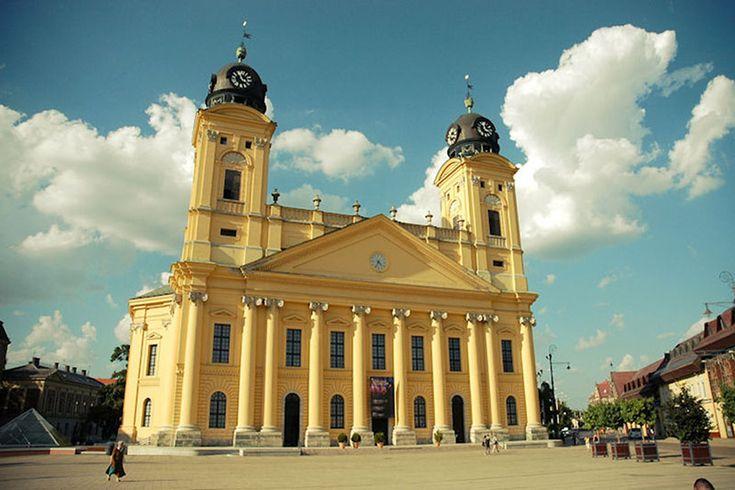 Református Nagytemplom, Debrecen  A végső terveket így Thallherr József építész készítette el, így folytatódott a munka 1805-ben.