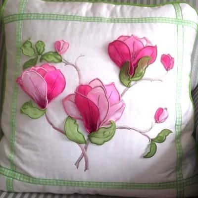 Lovely 3D machine embroidery designs and projects.