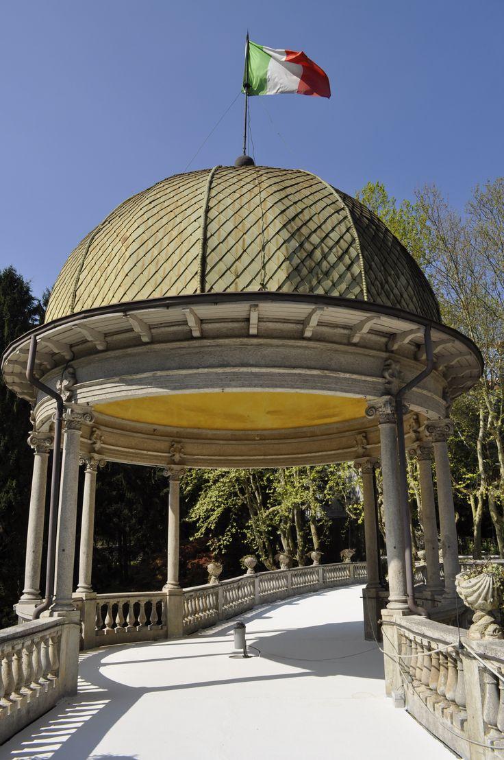 La Cupola Liberty simbolo delle #terme di #boario con un cielo primaverile fantastico! #vallecamonica #primavera