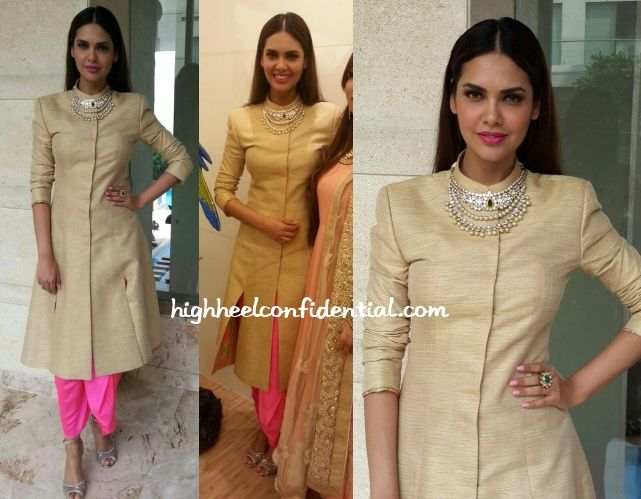 Neeta Lulla khadi jacket. Anita Dongre dohti pants. love the jewellery too.