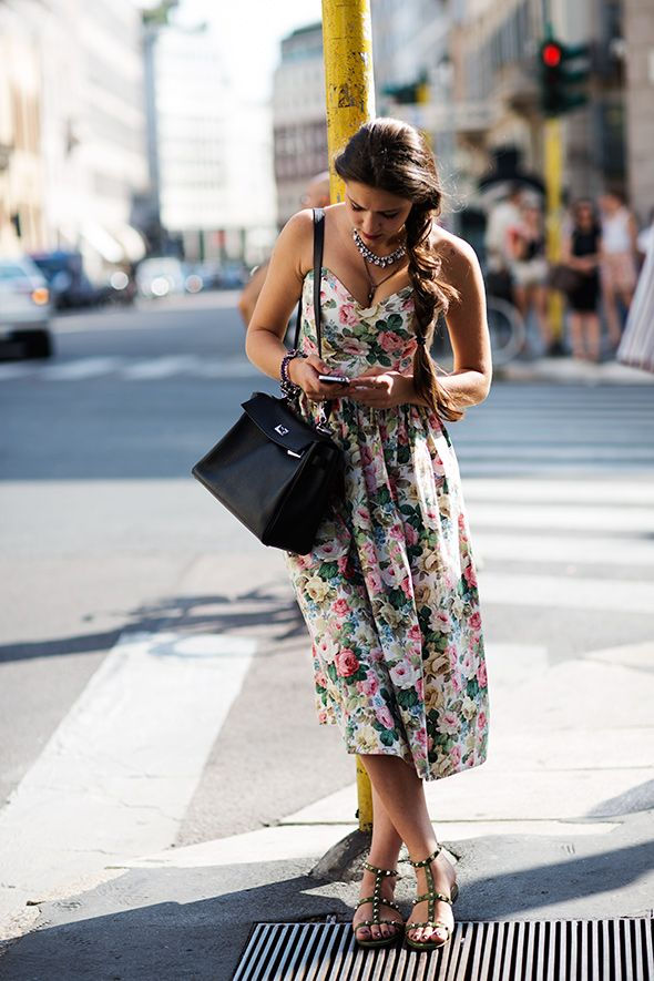 floral bustier dress + studded sandalThesartorialist, Nyc Style, Style Inspiration, Street Style, 90S Floral, Fashion Inspiration, The Sartorialist, New York Street, Floral Dresses