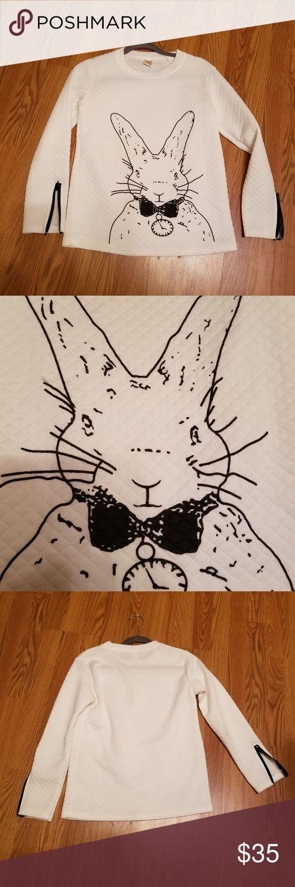 Long sleeves top Alice wonder land rabbit long sleeves top. boutique Tops – #Ali…