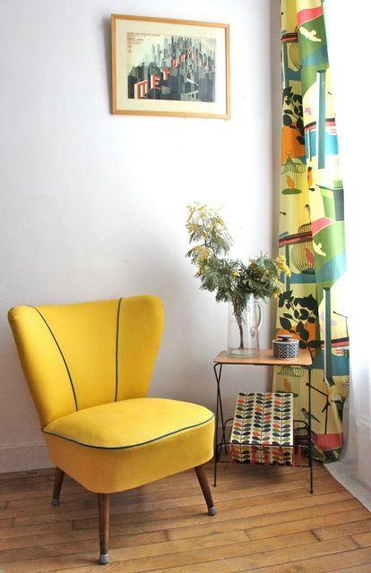 17 meilleures idees a propos de canape jaune sur pinterest for Canapé convertible scandinave pour noël decor de chambre a coucher moderne
